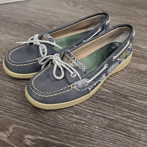 Sperry Navy Loafers - Size 7